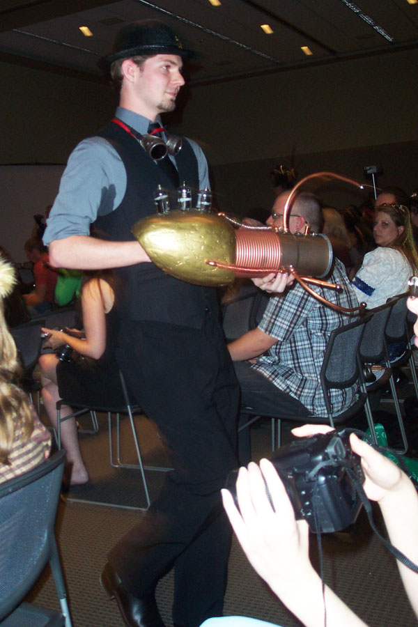 Steampunk fashion show 5