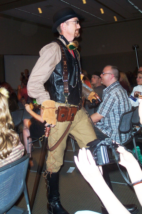 Steampunk fashion show 7